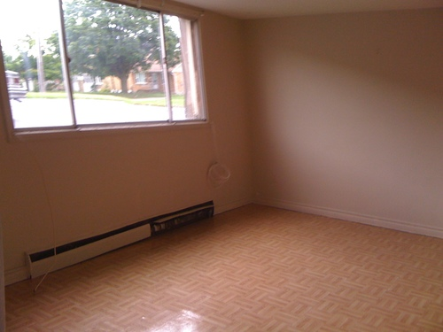 Rentmore.ca | Apartment in Kitchener, Ontario - 2 Bedrooms - $797 - Available Now -